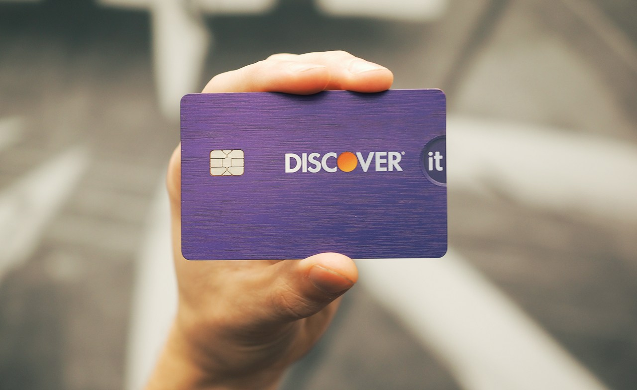 The Credit Traveler Discover IT: 10% cashback + first year